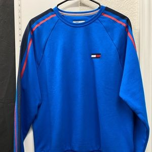 Men's Tommy Hilfiger Size Small Blue Sweater.